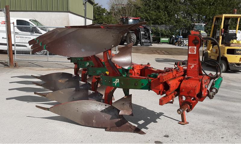 Kverneland ES80 4 Furrow Plough