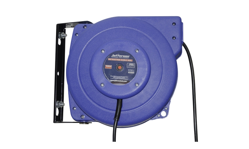 2750W Retracting Cable Reel