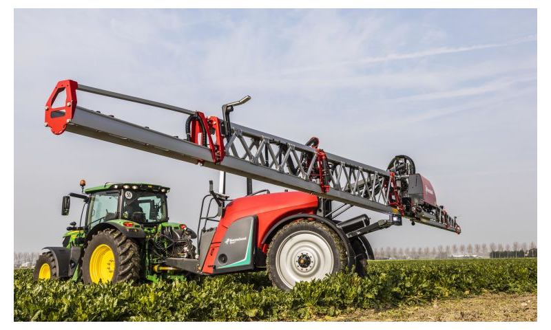 Kverneland iXtrack T3 Trailed Sprayer